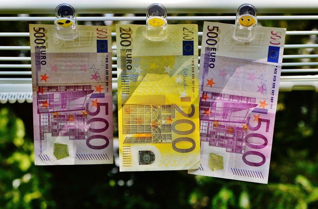 Rahan hallinta