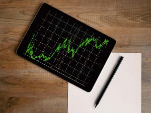 rahastoori-miksi-kukaan-sijoittaisi-rahastoihin-osakkeiden sijaan