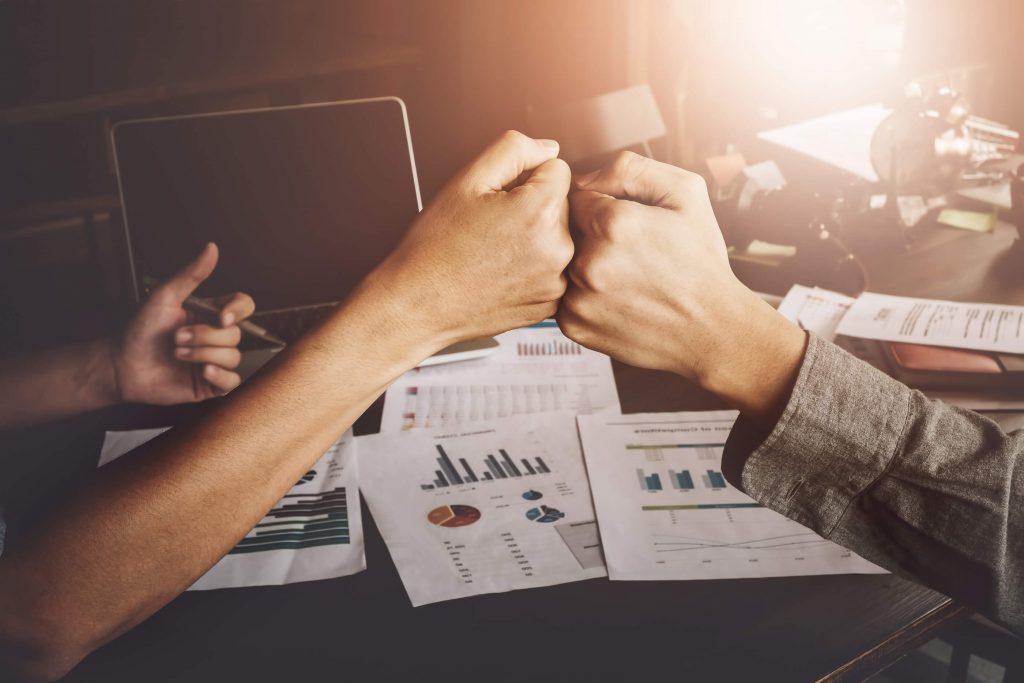 miten rikastua yhdessä