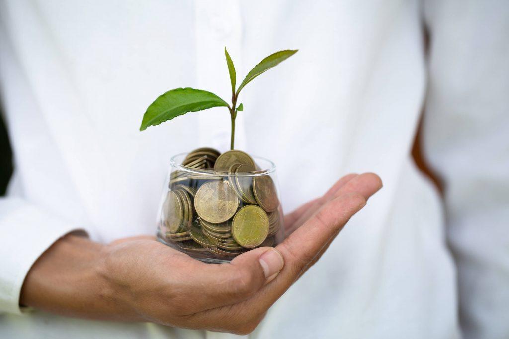 Miten korkoa korolle -ilmiö toimii rahastoissa