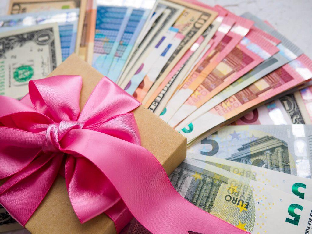 Miten luoda rahaa tyhjästä?