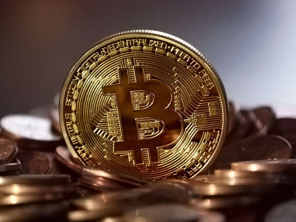 Mitä bitcoineilla tehdään?